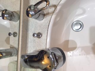 水道修理|札幌市 豊平区 豊平|洗面蛇口の水漏れ修理 ¥16,200税込